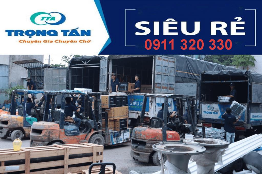 Đội xe chuyển hàng từ Sài Gòn đi Kon Tum