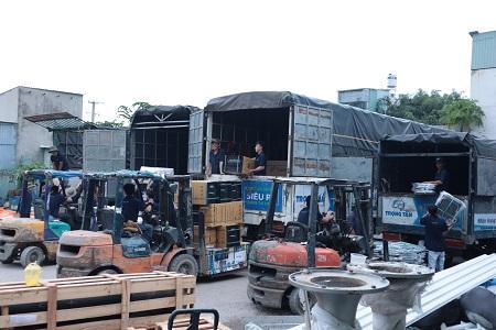 Chành Xe Đà Nẵng Đi Bảo Lộc kho bãi rộng rãi thoáng mát, nhiều phương tiện hiện đại
