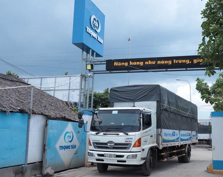 Thuê xe tải từ Sài Gòn đi Hà Nội