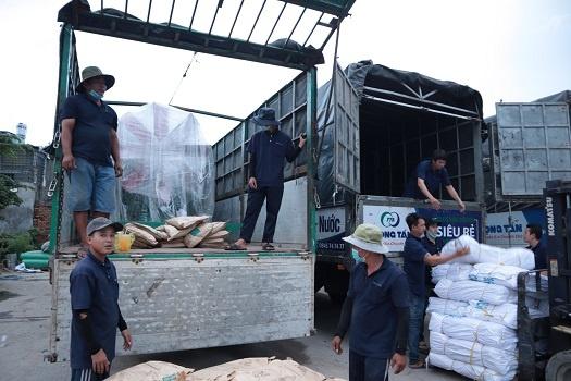 Nhà Xe Vận Chuyển Hàng Đà Nẵng Đi Bến Tre giao nhận tận nơi của nhà xe trọng tấn