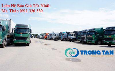 Đội xe tải chở hàng chuyên nghiệp