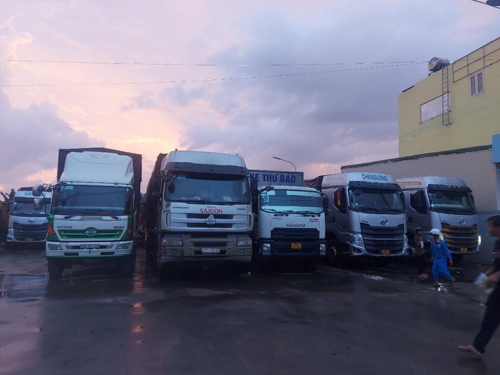 Cho thuê xe chở hàng đi Hà Nội đông đủ