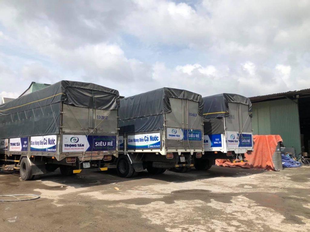 Thuê xe tải 8 tấn thùng kín