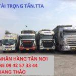 doi-xe-nhan-cho-hang